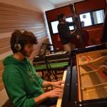 No trio for cats at Tube Recording StudioNo trio for cats at Tube Recording Studio